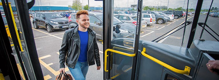 Manchester airport hotels with Park and Ride parking