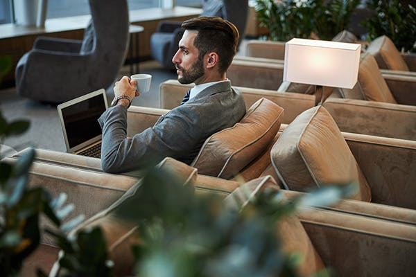 Airport Lounge wie ein Boss