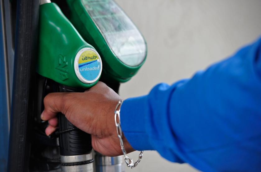 2040 diesel and petrol ban
